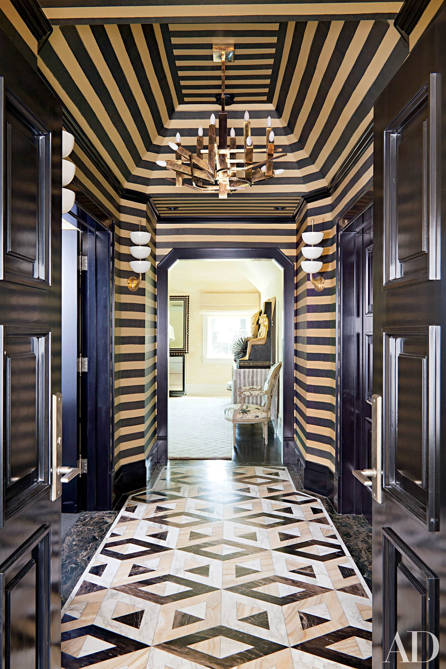 Kelly Wearstler Uses Multiple Art Deco Patterns To Create An Incredible  Chic Look In This Mater