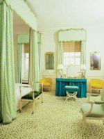 Image for How Fabulous Decorators Mix Patterns With Green Rugs