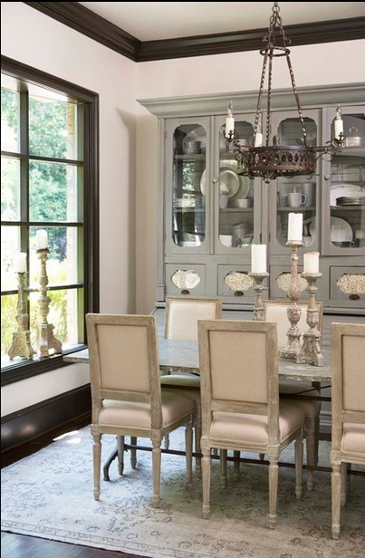 Oushak Rugs Add Glamor to Dining Rooms: 6 Chic Rooms