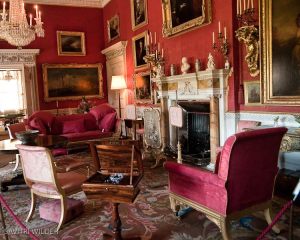Stately Home Interiors.  How Aubusson Rugs and Gold Accents Add Glamour 5 Great Interiors