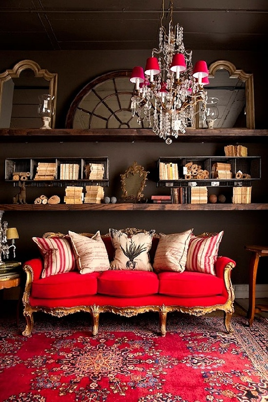 7 Gorgeous Holiday Interiors Transformed By Red Rugs