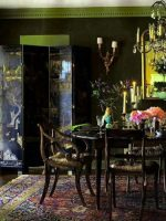 Image for 4 Rooms Add Glamor and Warmth to Holidays with Decorative Rugs