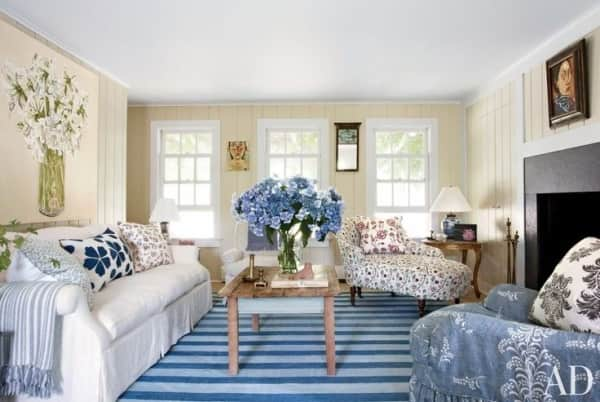 14 Chic Hamptons, Nantucket Blue and White Interiors with Blue Rugs