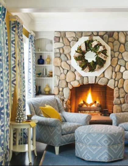 blue-rug-fireplace-sitting-area-holiday-decor-gerald-pomeroy-traditional-home-November-2014