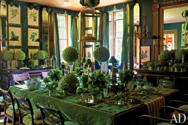 green-rug-striped-rug-green-dining-room-Anouska-Hempel-england
