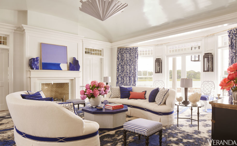 A blue and white sea pattern contemporary rug in a living room designed by Amanda Nisbet in the Hamptons - Veranda July/August 2016