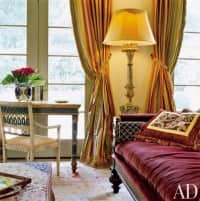 how-well-matched-do-area-rugs-in-adjoining-rooms-have-to-be-oriental-rugs-living-room-Stephen-Shadley-Washington-D-C-architectural-digest.jpg